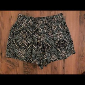 Missimo Supply Patterned Shorts